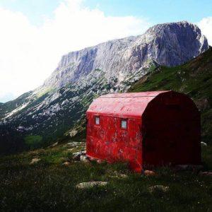 Lomasti Shelter