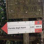Ferrata Alpini Bismantova avvicinamento cartello