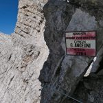 Ferrata Costantini Moiazza 31 cengia angelina cartello