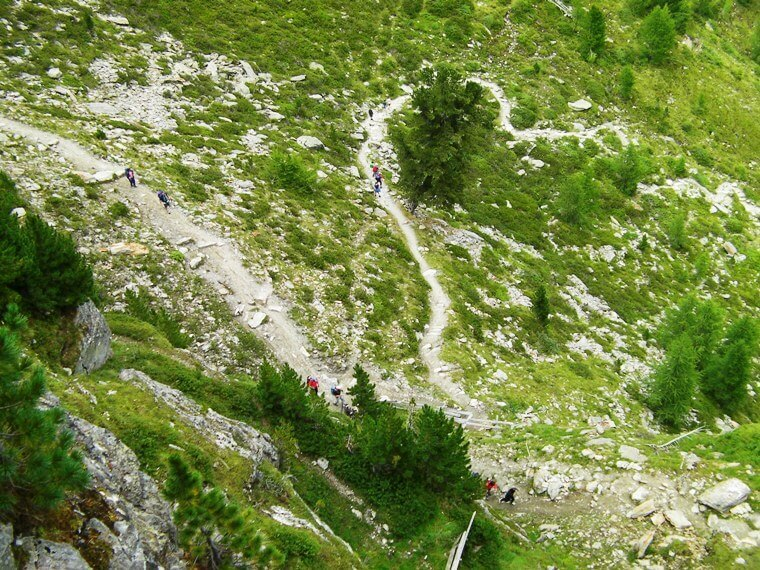 Ferrata-Murmule-marmot-7-trail-approaching-from-end-of-first-section