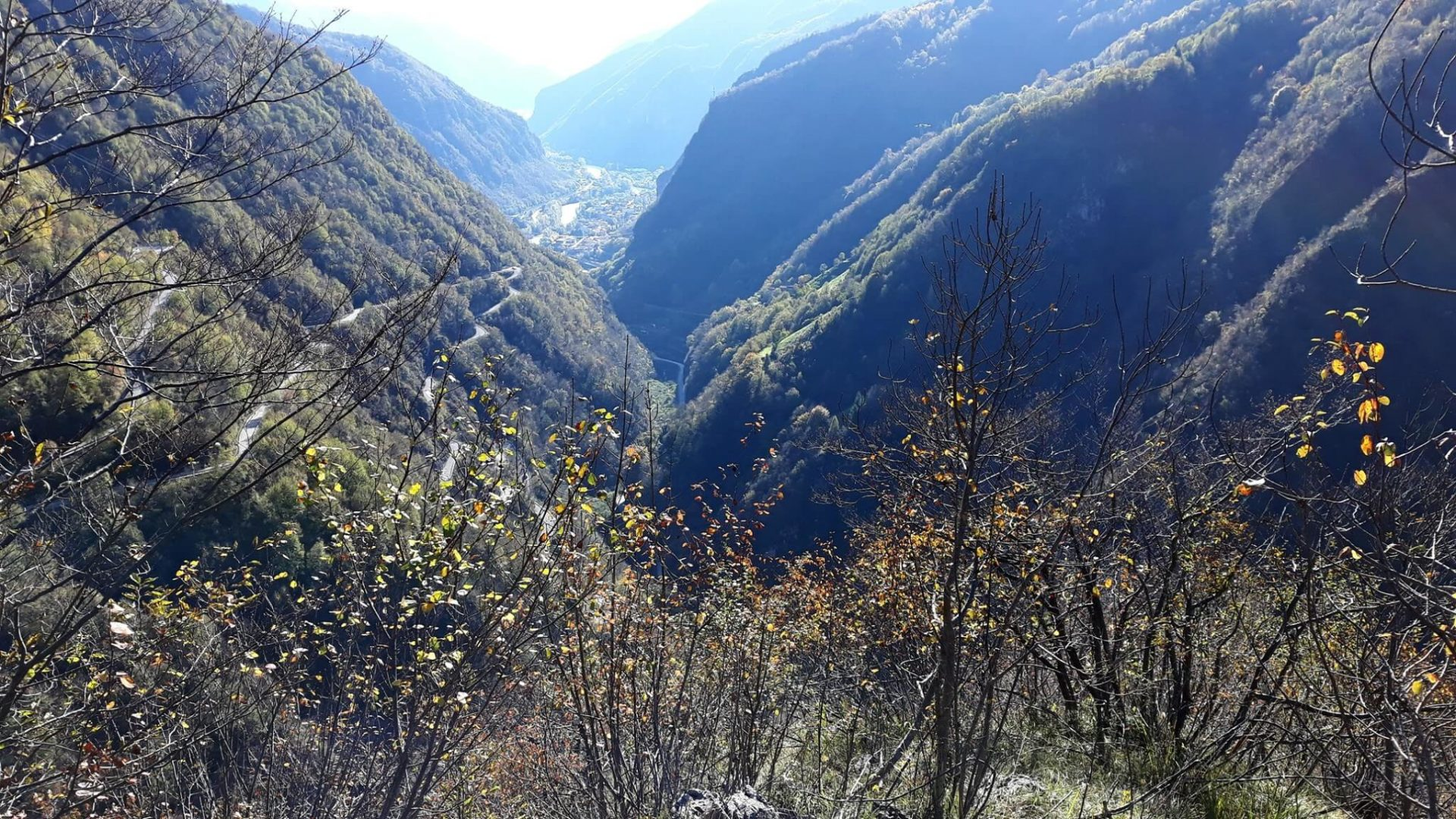 Sentiero Pierino Zuanna Val Brenta lungo avvicinamento