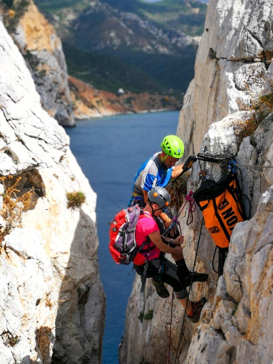 Sardinia-Vie Ferrate-Ferrata-pan-to-sugar-Kong-Masua-Valmalencoalpina-Ivan-Isa.jpg